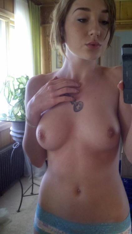 candaulisme avec cougar sexy et coquine 062