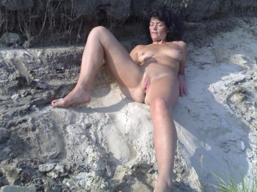 maman cougar chaude en photos 159