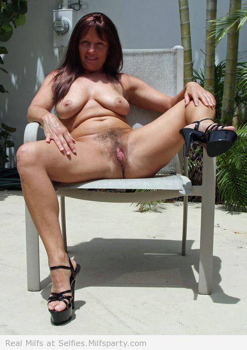 rdv plan q maman sexy 053