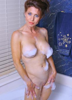 maman cherche jeune homme pour sexe le soir 001